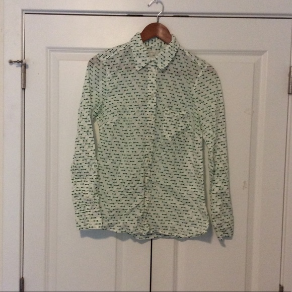 GAP Other - Gap Long sleeve button up size small